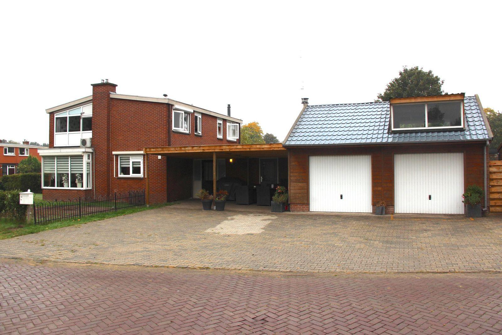 Ring 15, Nieuw-amsterdam