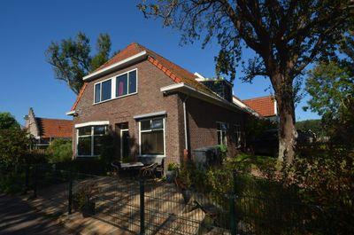 Dorpsstraat 83, Hoorn