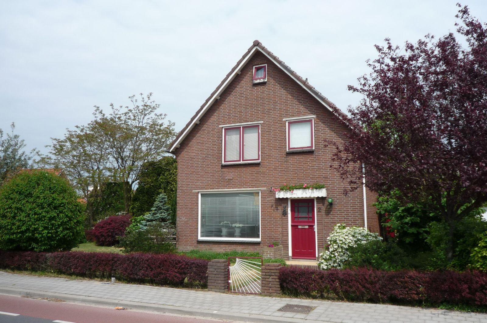 Schoolstraat 2, Nijkerkerveen