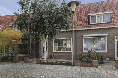 Vermeerstraat 5, Sliedrecht