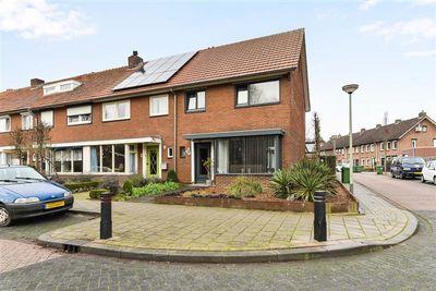 Gebroeklaan 38, Roermond