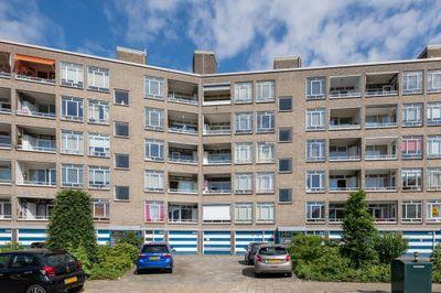 Barnsteenhorst 356, Den Haag