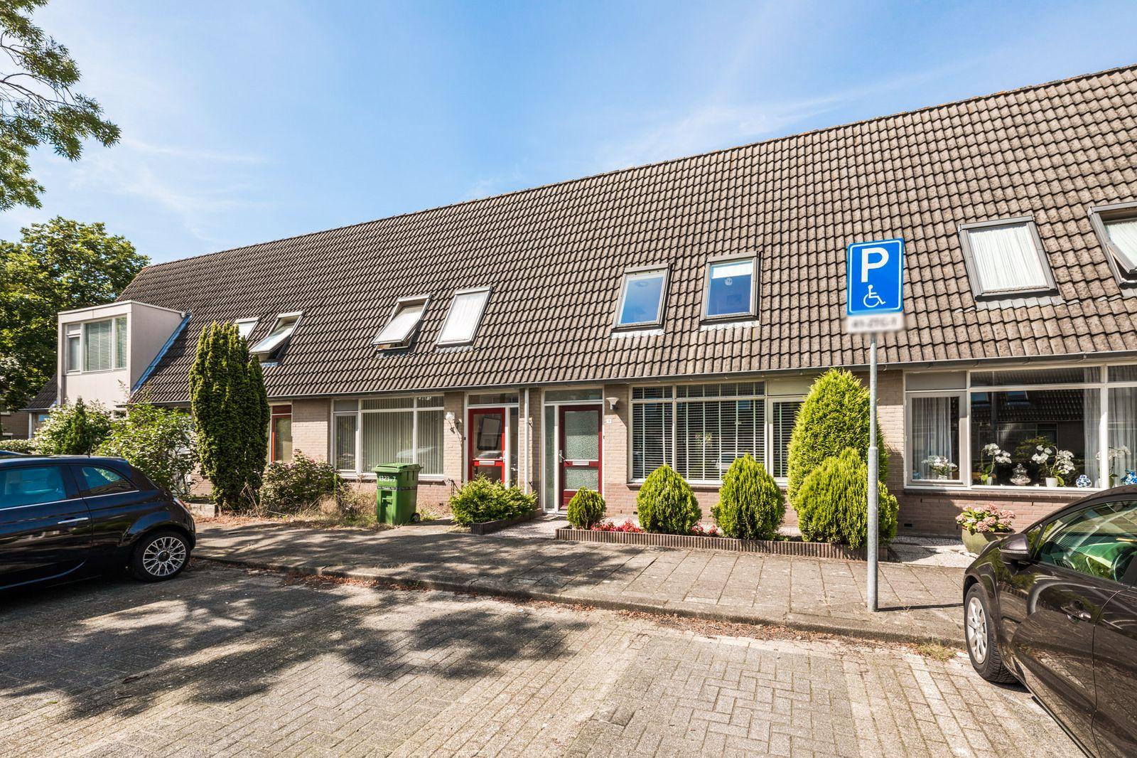 Tartinistraat 9, Almere