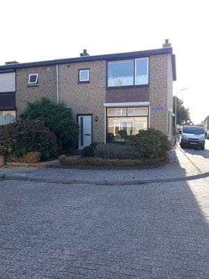 Gladioolstraat 2, Steenbergen