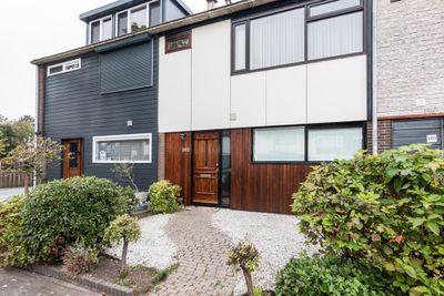 Ottersveen 142, Spijkenisse