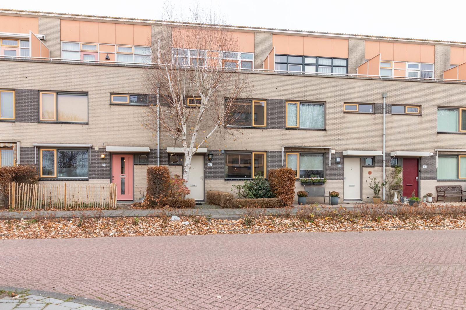 Fellinilaan 153, Almere