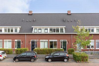 Valkenswaardstraat 117, Tilburg