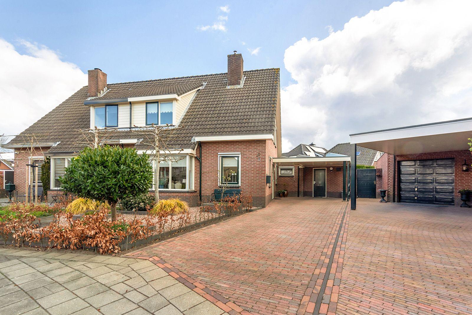Dirk Ruitenbeekstraat 42, Nijkerkerveen