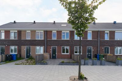 Vermaetweg 82, Pernis Rotterdam