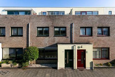 Sis Heijsterpad 45, Leiden