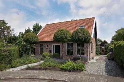 Tersteijnstraat 4, Waterlandkerkje