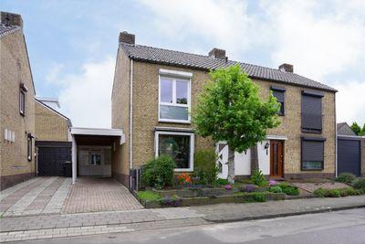 Heiveldstraat 4, Elsloo