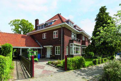 Van Zuylen van Nijeveltstraat 24, Wassenaar