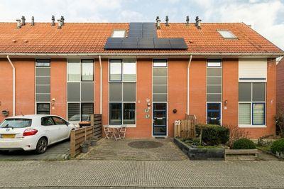 Bazillehof 98, Hoorn