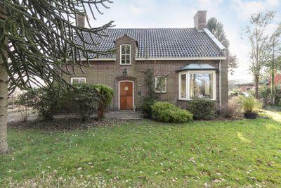 Hoogengaardelaan 13, Oosterwolde