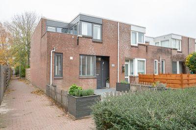 Middenhof 312, Almere