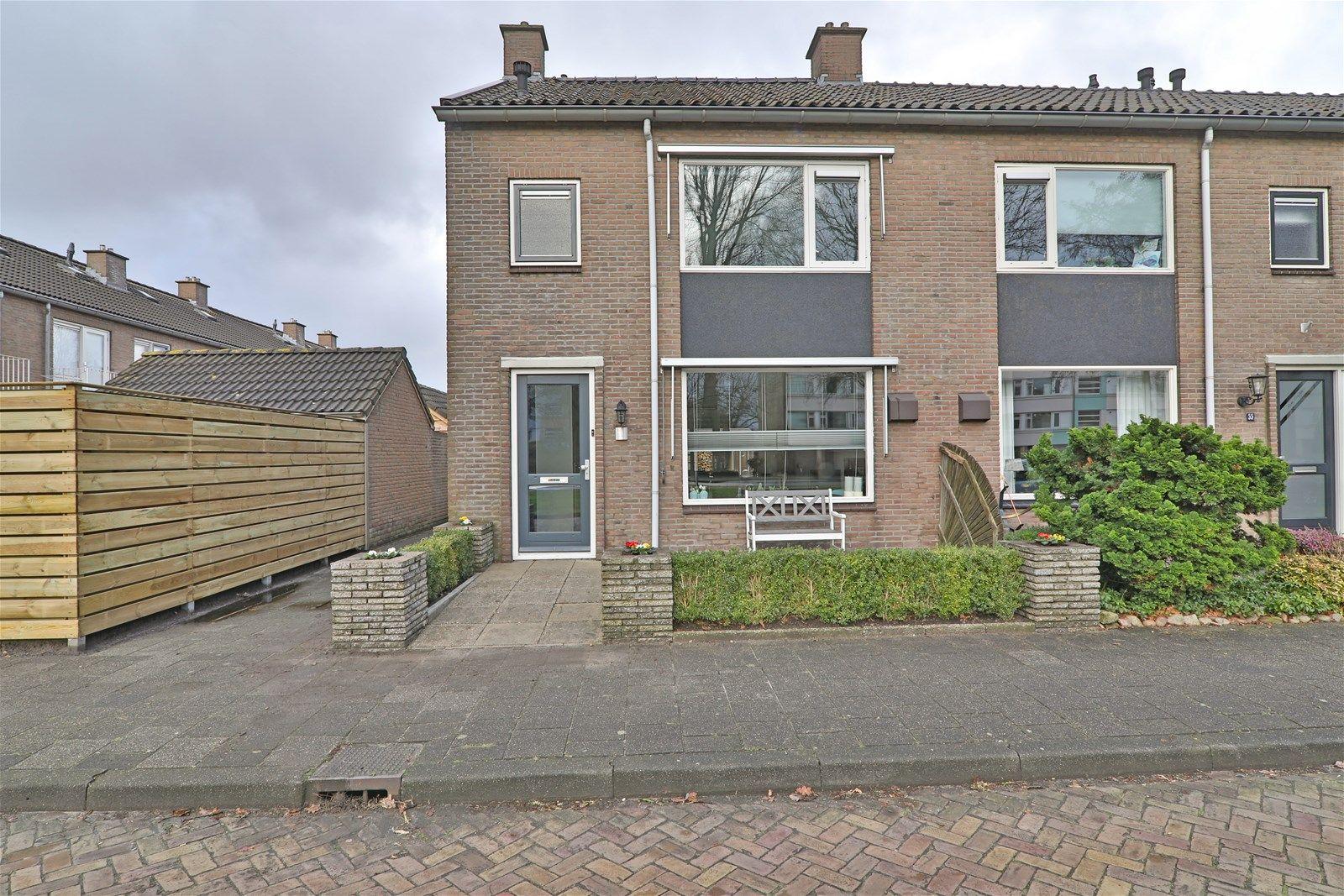 Lomanlaan 53, Hoogeveen