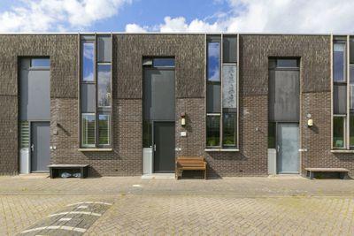 Eemswaard 25, Groningen