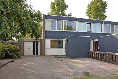 Zwanenveld 2552, Nijmegen