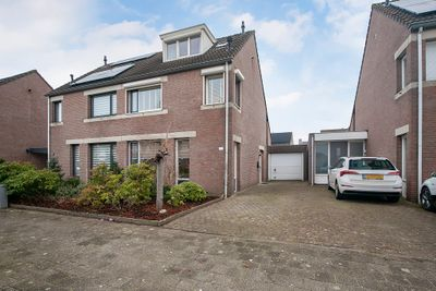 Heksenwiellaan 146, Breda