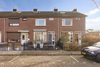 Zwaluwstraat 31, Oosterhout