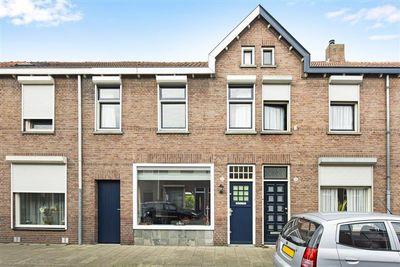 Arent van 's Gravesandestraat 21, Tilburg