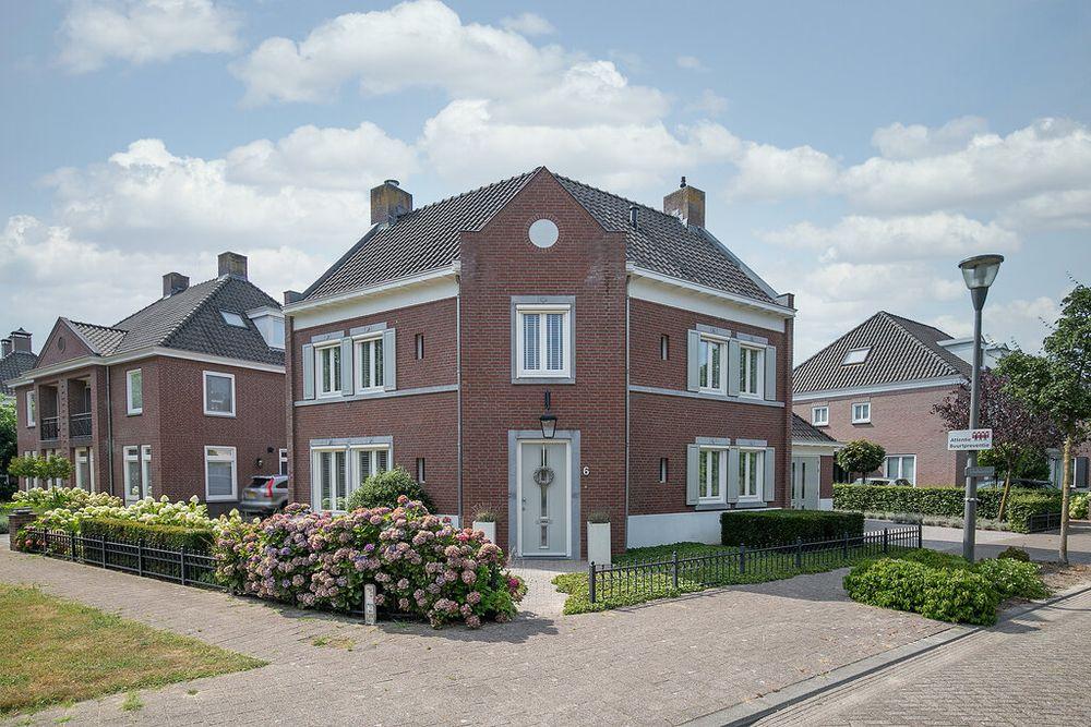 Stepekolk-Oost 6, Helmond