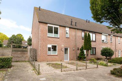 Krommebeemd 70, Oosterhout