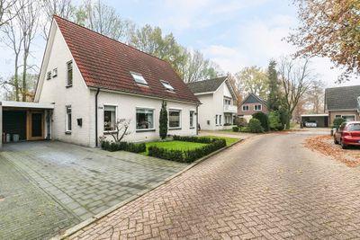 Laan '40-'45 196, Vriezenveen