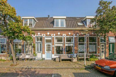 Bloemistenlaan 25, Leiden