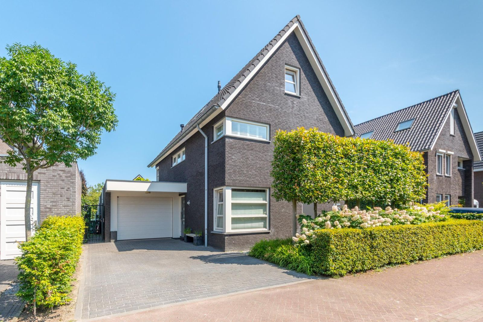 Rosep 15, Veldhoven