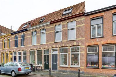 Van der Woudestraat 55, Alkmaar