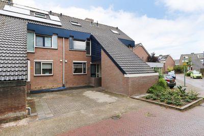 Luchtenburg 86, Dordrecht