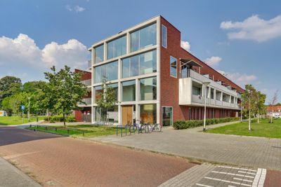 Jan van der Heijdenstraat 8, Tilburg