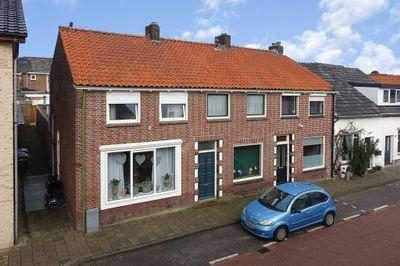 Resedastraat 19, Enschede