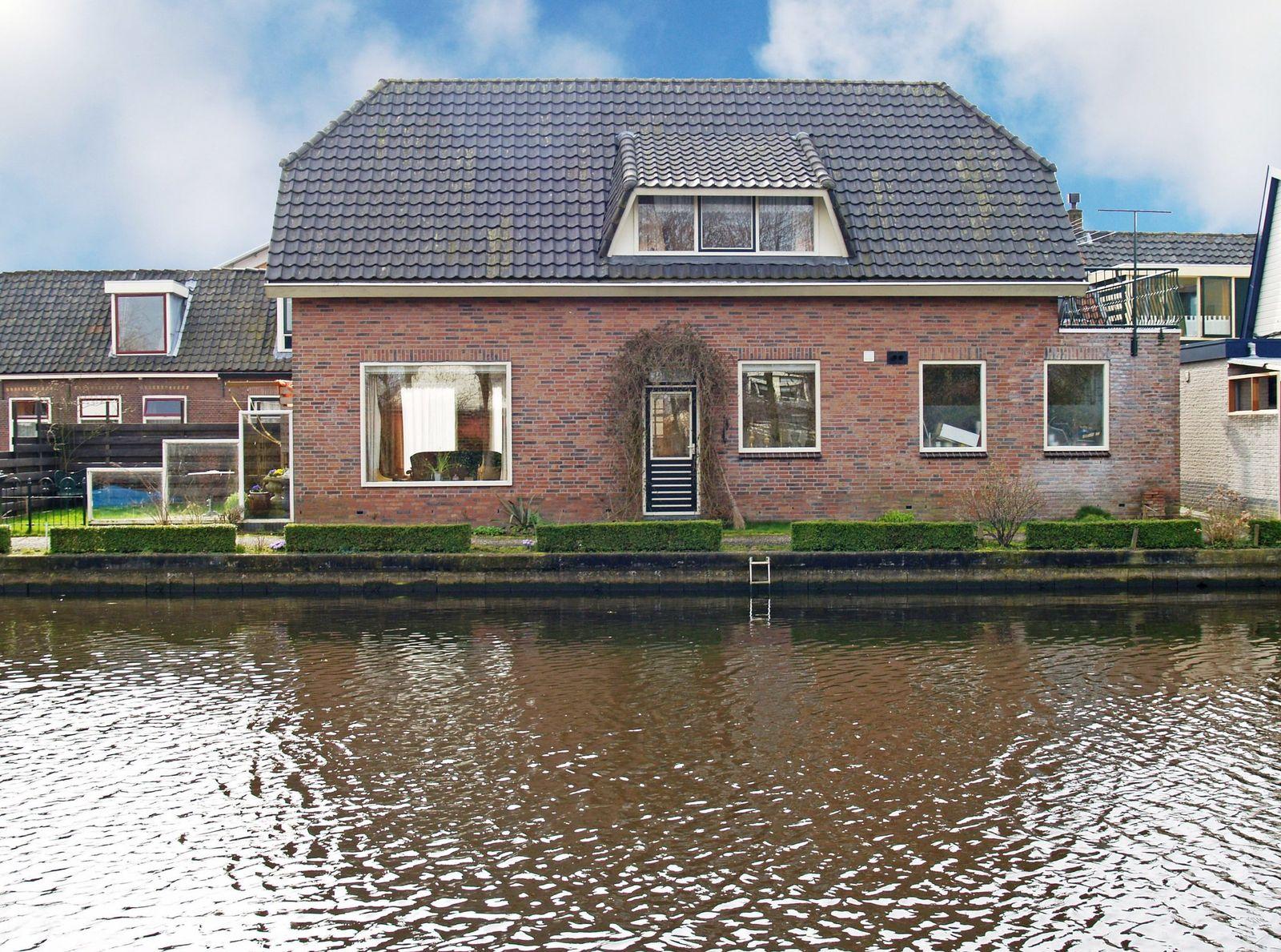Hoge Rijndijk 28, Nieuwerbrug Aan Den Rijn