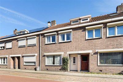 Tongerlose Hoefstraat 111, Tilburg