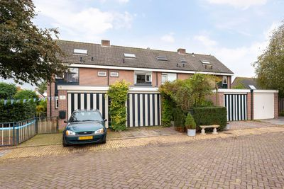 Dalenburg 3, Kerk-Avezaath