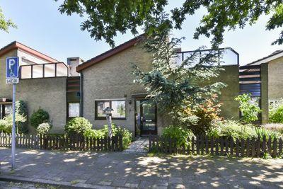 Woudveen 4, Wateringen