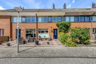 Cole Porterhof 76, Hoorn