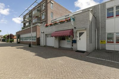Bilderdijkplein 19, Hoogeveen