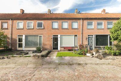 Vermeerstraat 19, Hazerswoude-dorp