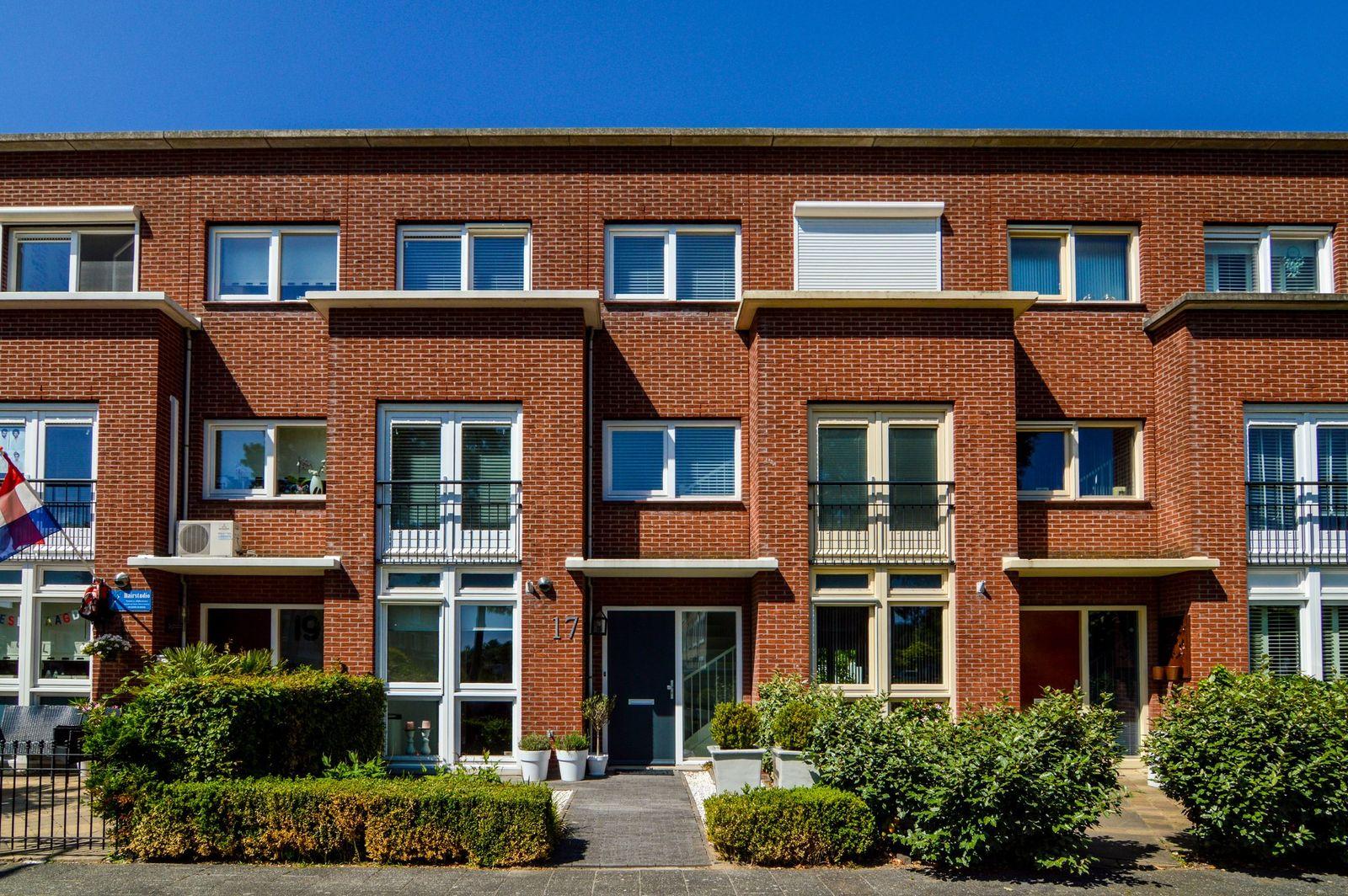 Wout van Heusdensingel 17, Rotterdam
