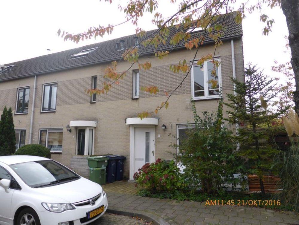 Bizetstraat 15, Almere