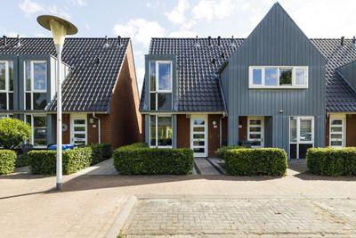 Tuinwal 72, Zwolle