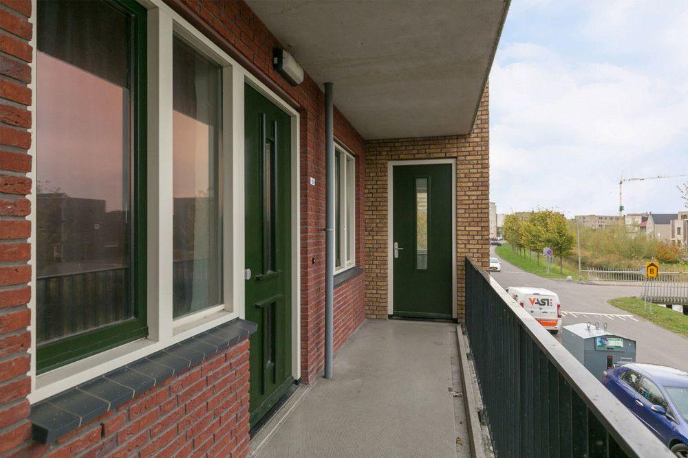 Neptunussingel, Almere