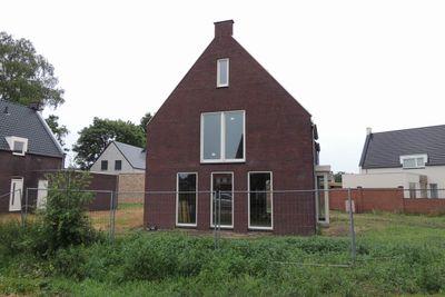 Kerkpad 10, Herpen