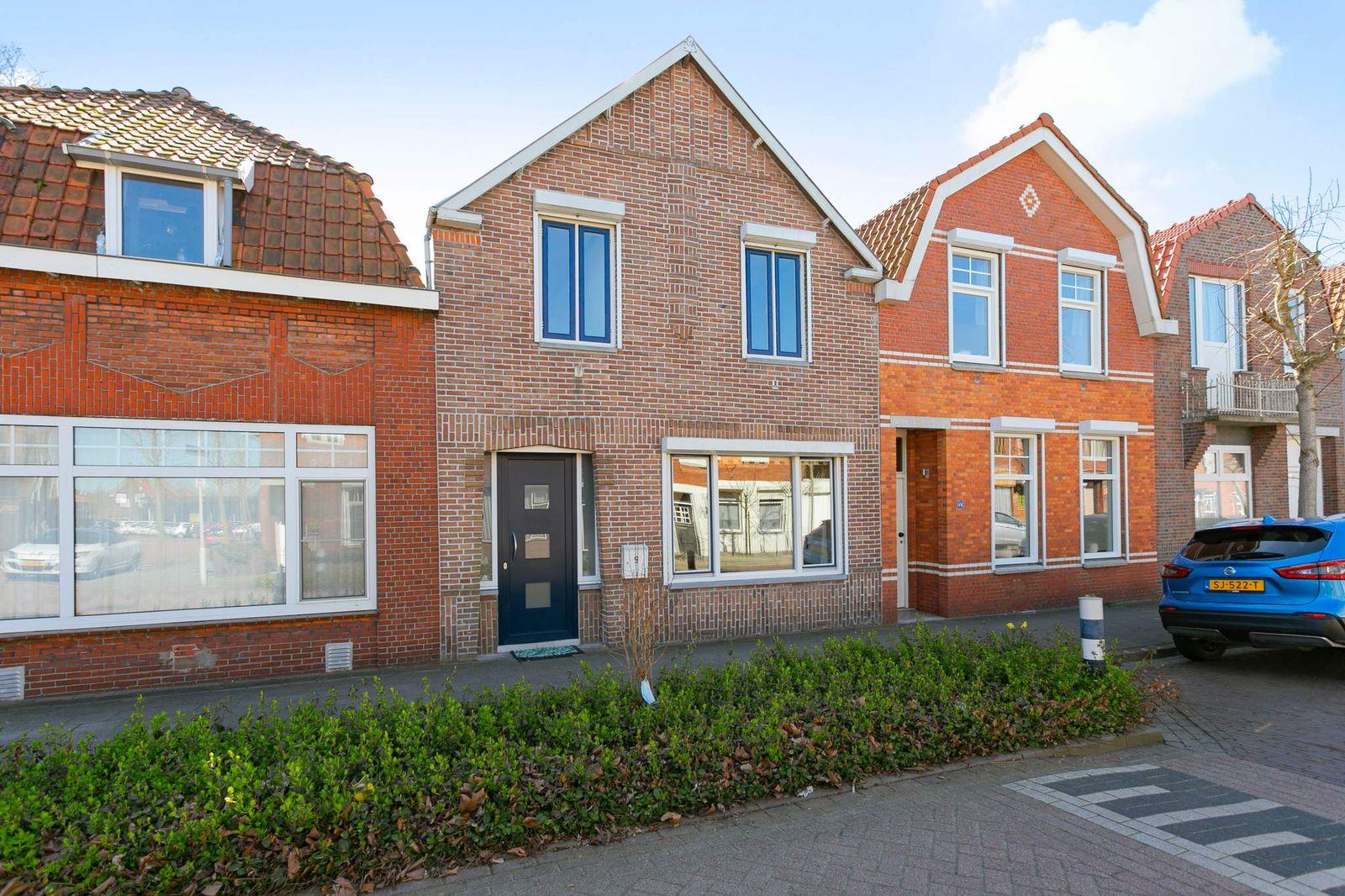 Westdam 9, Sas Van Gent