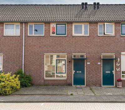 Maaslaan 191, Helmond