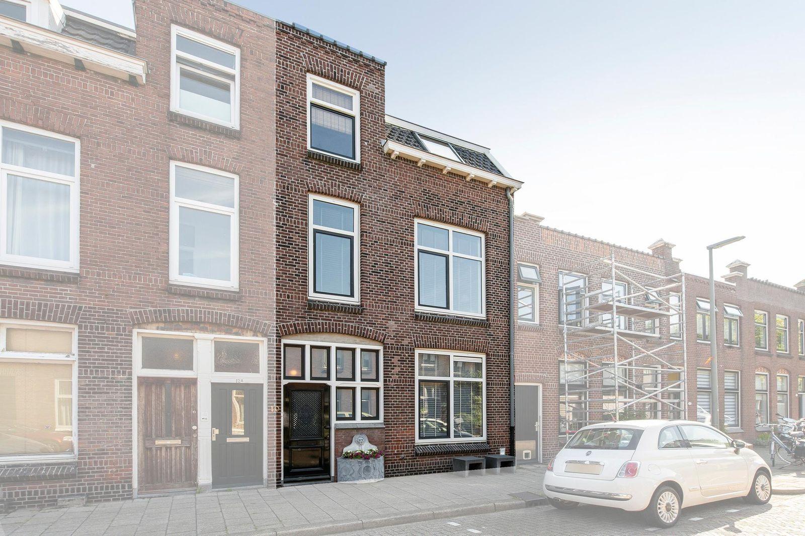 Veenlantstraat 10, Schiedam